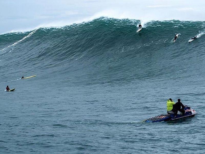 image: Santa Marta the last discovery we made in Chile! All the story on @surfline ! / Santa Marta el último descubrimiento que hicimos en Chile! Reportaje entero en @surfline ! #adventure #big #waves #trip by natxogonzalez