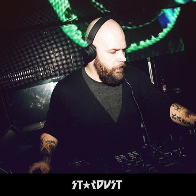 image: ME PLAYING @ STARDUST CLUB (MADRID) by cuelloabotonao