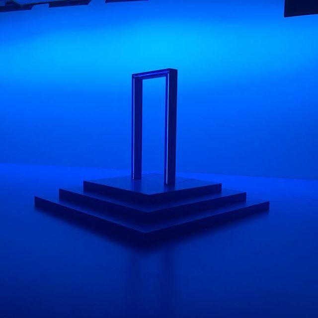 image: Heavens #setlife #onset #blue #madrid #italy #door #enel #nofilter by valleeduhamel