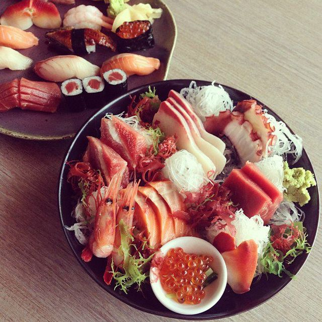 image: Sushi by taylorluvu