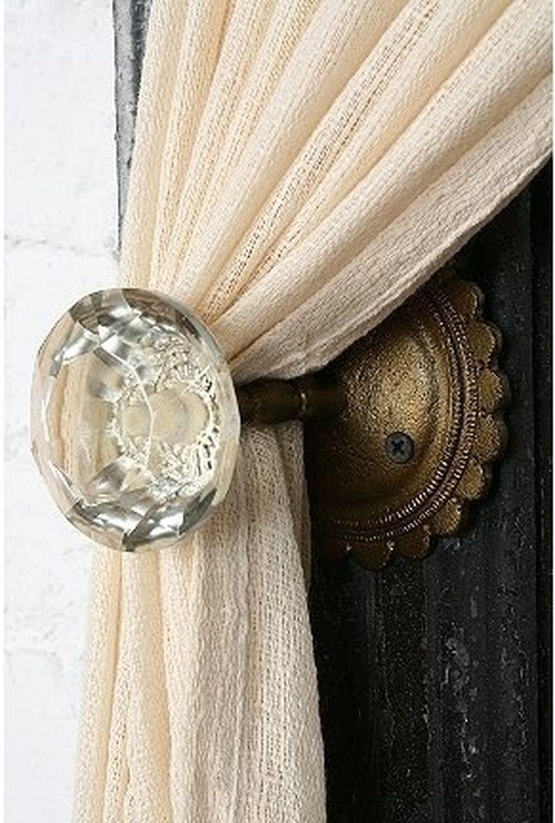 image: Inspiring door knob III by nosyparker