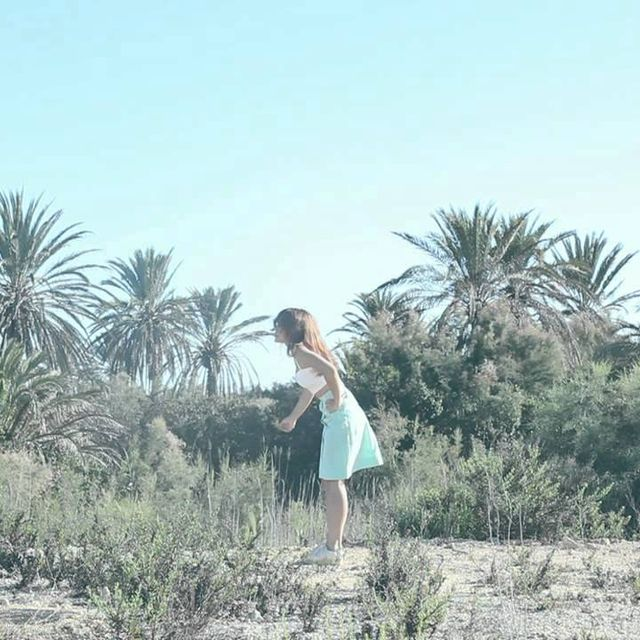 video: ANNI B SWEET - At Home by ninaestaenblanco