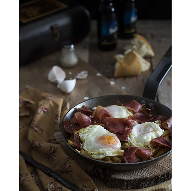 image: Ya estamos de #feria en #beda y nos hacemos unos #huevo by gastroandalusi