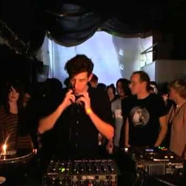 video: Jamie xx b2b Caribou at The Boiler Room Full by mayweather
