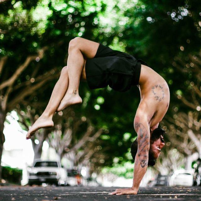 "image: ""Keep your face always toward the sunshine - and shadows will fall behind you."".—W.W....Shorts by @pimovementninja ...?: @karmacaptures ...#yoga #love #peace #mindfulness #oneness #yogapractice #hollowback #inspiration #yogaeverydamnday #yogaev by jayomyoga"