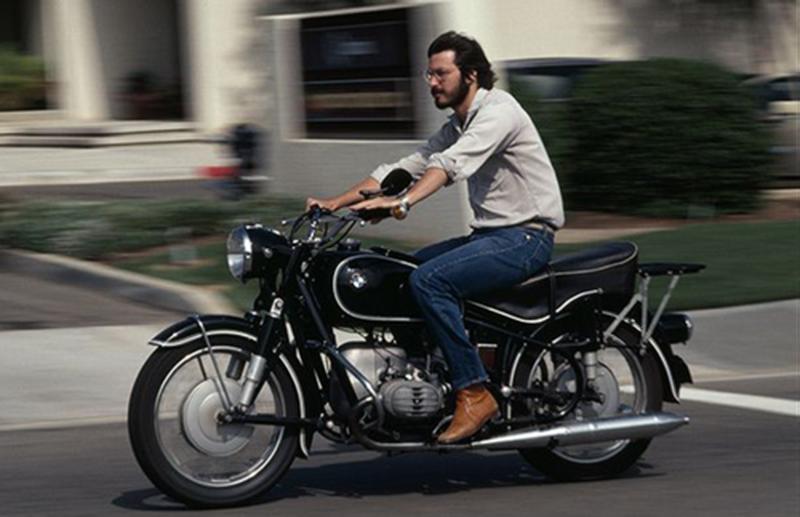 image: Steve Jobs by rairobledo