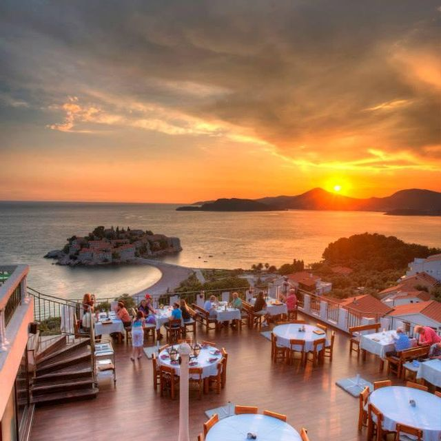 image: MONTENEGRO - HOTEL ADROVIC by gt28