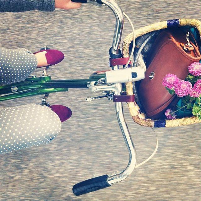 image: riding bike by mbcervera