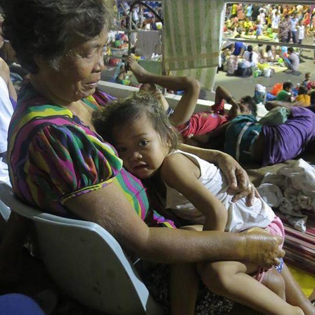 image: Emergencia en Filipinas by wv