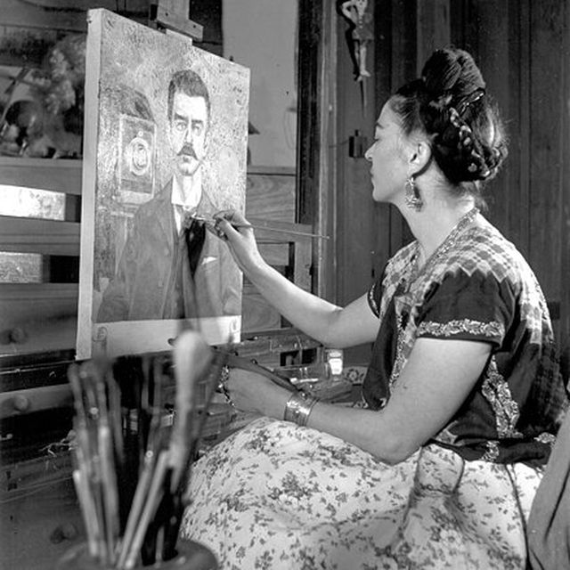 image: frida by regih