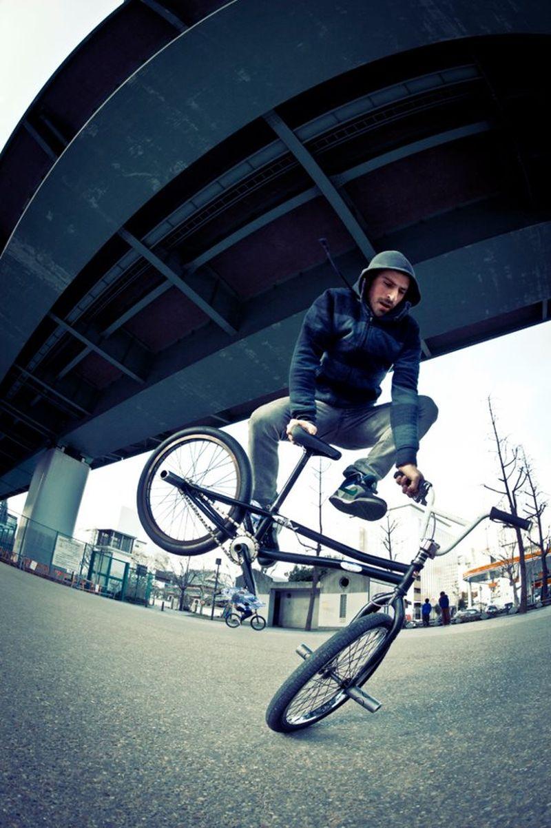 image: Jumping under the bridge by alberto_moya