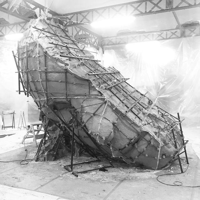 image: Work in progress: large mould for bronze casting #centralpark #newyork #publicartfund #markmanders #zenoxgallery #tanyabonakdargallery @tanyabonakdargallery @zenoxgallery @mark.manders @publicartfund by markmanders