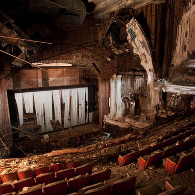 image: lost theatre 5 by ricardocavolo