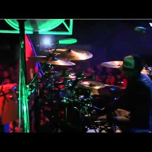 video: Incubus - In the Company of Wolves (live) by scatterbrainer