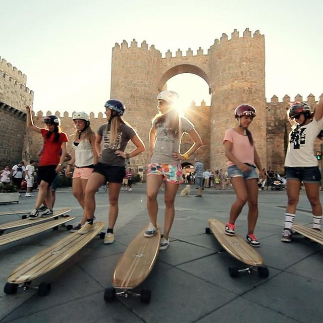 video: Roadtrip in Spain with the Longboard Girls Crew by ariadnados