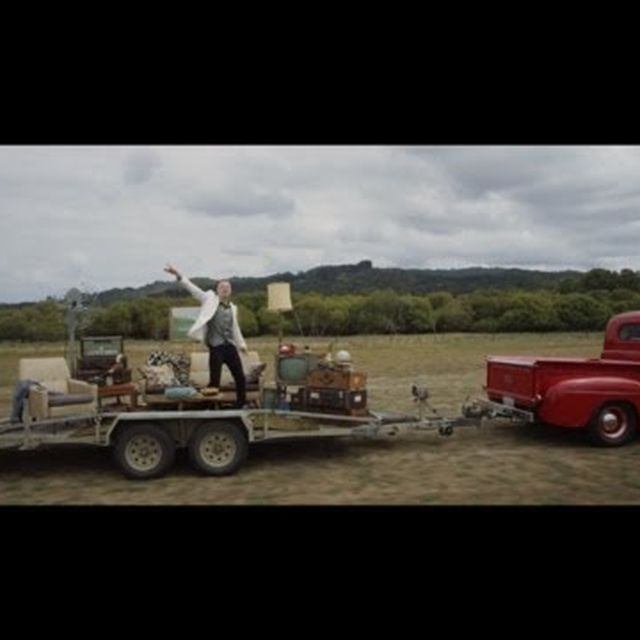 video: MACKLEMORE & RYAN LEWIS CAN'T HOLD US by beparfi