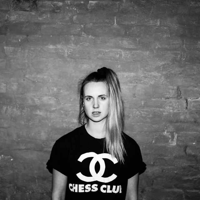 image: MØ by hinode