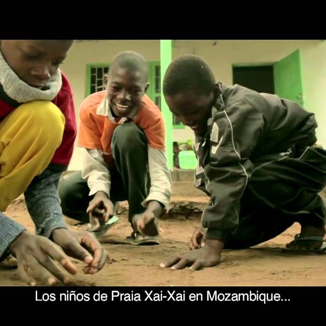 video: Fundación Khanimambo en Mozambique by i-blame-coco