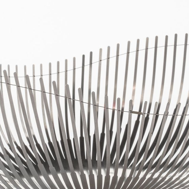 post: Delicate Steel Bowls That Flex With A Wire by stanis
