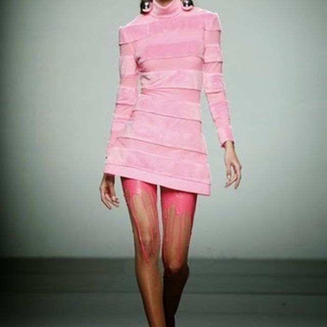image: escoté legs by balmyboard