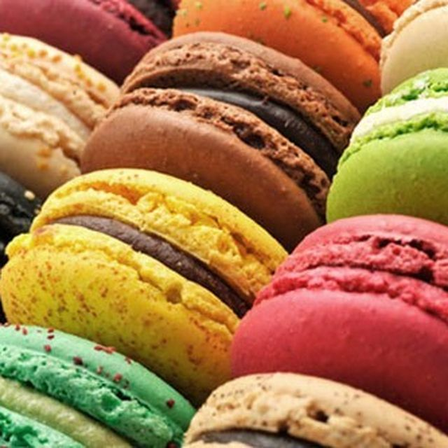 image: macarons by macarenaobregon