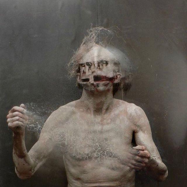 image: Olivier de Sagazan @sagazan - Transfiguration/Ghost in the Mud (performance art/photography) #olivierdesagazan by durmoosh