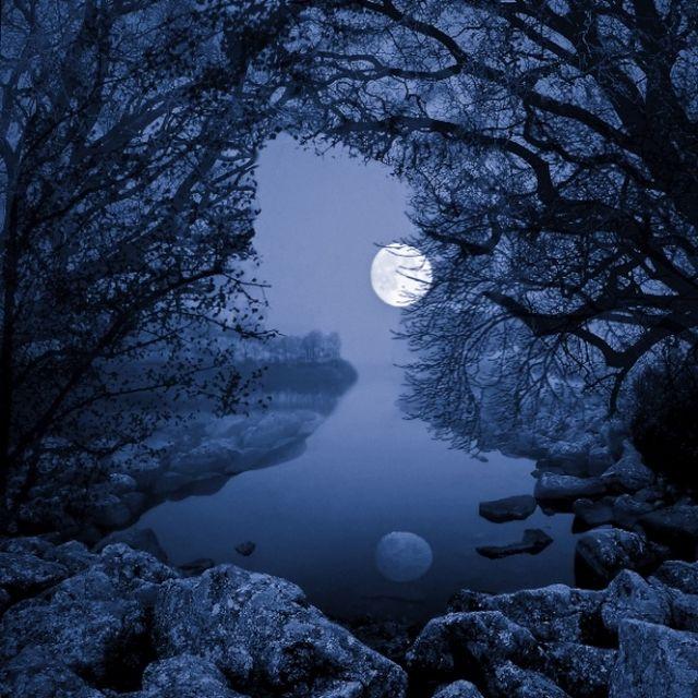 image: Luna by HermenegildoLupo