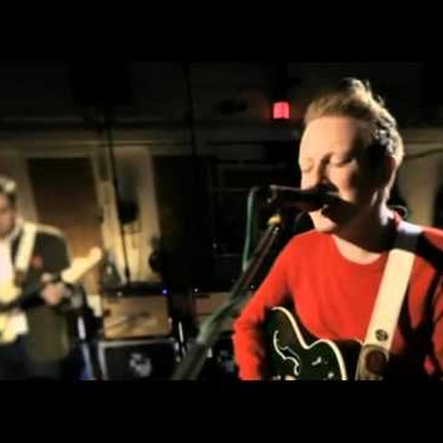 video: Two Door Cinema Club - Sleep Alone (Abbey Road 2013) by donmanue