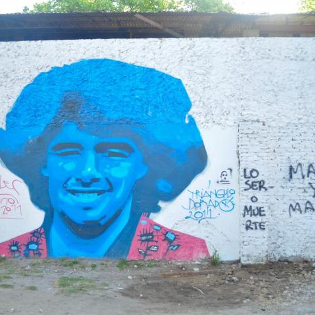 post: Maradona: amor, odio y graffitis by silviprado
