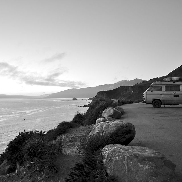 image: California en blanco y negro. by Ale Romo by arteuparte