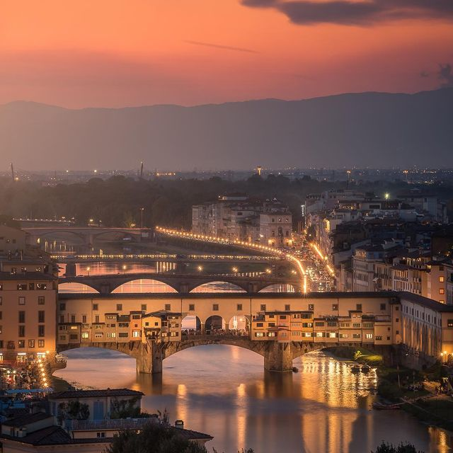 image: Firenze on Fire by mindzeye