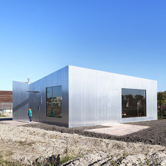 image: Aluminium-clad Rebel House by MONO by pattercoolness