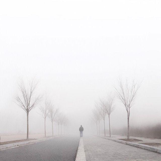image: To advance without...----#minimalmood#ig_catalonia#justgoshot#rsa_minimal#uoonyou#lesphotographes#cerealmag#primerolacomunidad#fotoline_es#transfer_visions#igrecommend#ig_photostars#minimalha#kinfolk#ig_masterpiece#darlingmovement#clikcat#hallazgose by mercemillan