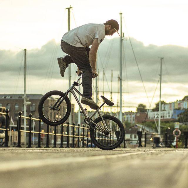 image: @joshbriars last doing a decade in Bristol! #flatland #bmx #ukbmx #bike #flatlandbmx #bmxflatland by moya_flat