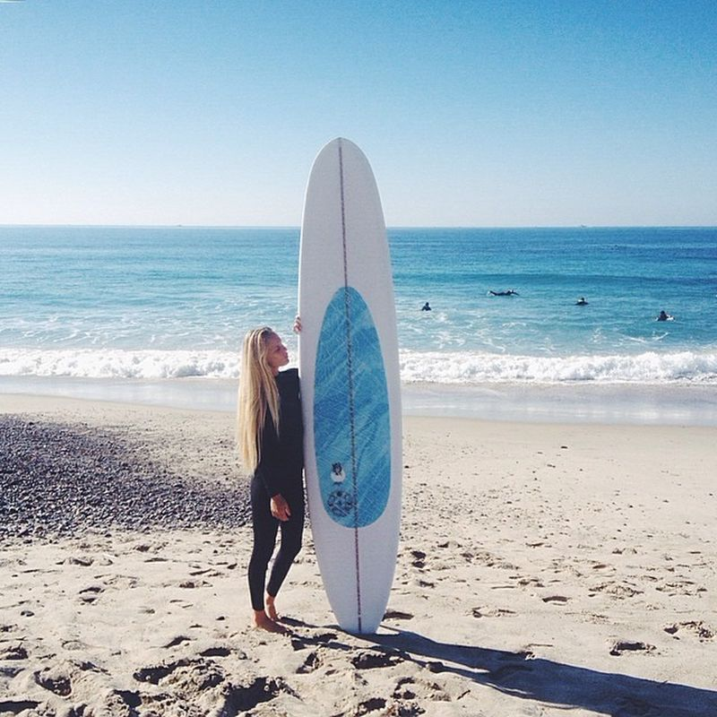 image: In a love affair with my new @pukassurf longboard Th... by hana_leireponty