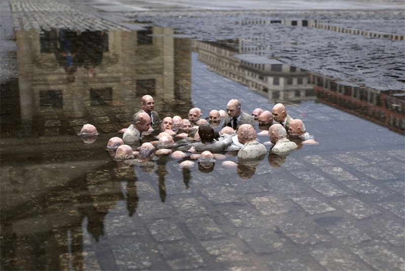 image: Isaac Cordal by twin