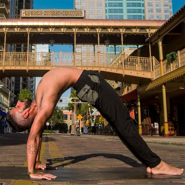 image: Open your heart, let love knock on your door. Close your eyes, focus on the feeling rather than the thought. ...Threads by @pimovementninja ...#yoga #love #peace #mindfulness #oneness #yogapractice #inspiration #yogaeverydamnday #yogaeverywhere #yo by jayomyoga