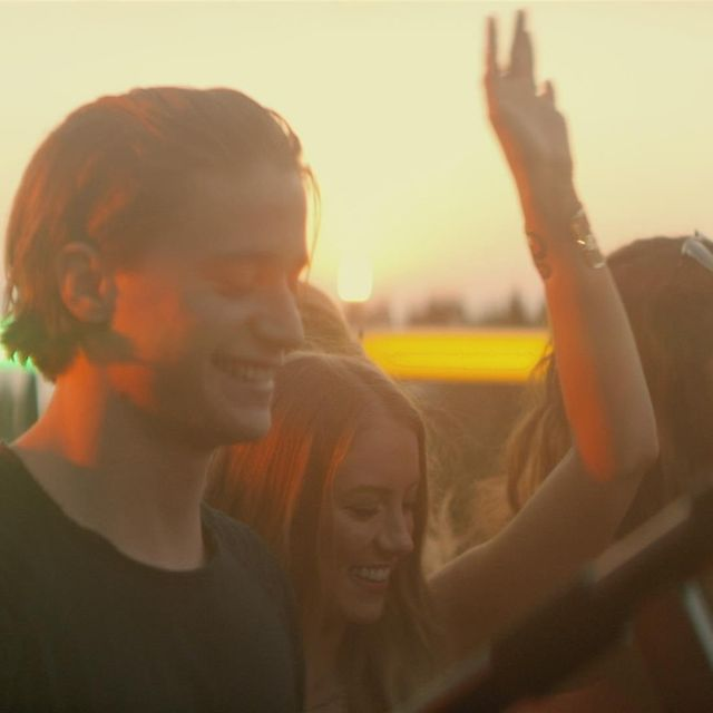 video: Kygo - Firestone ft. Conrad Sewell by pati