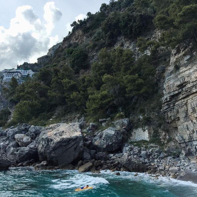 image: El blog vuelve a llenarse de dolce vita con algunas fotos de Praiano ??. El enlace está en mi perfil. by misswinter
