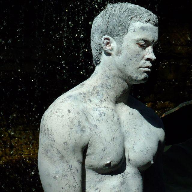 image: Piel y piedra by wowvideo