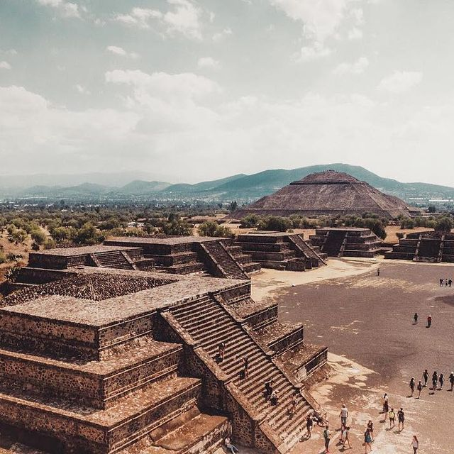 image: Back to this awesome place! ?***#mexico #teotihuacan #visitmexico #travel #artofvisuals #ccunderfollowed #travelphotography #travelawesome #earth #travelmexico #mexicoinmypocket #travelscapes #yosoytraveler #hallazgosemanal #travelingram #travelpassage by majolophoto
