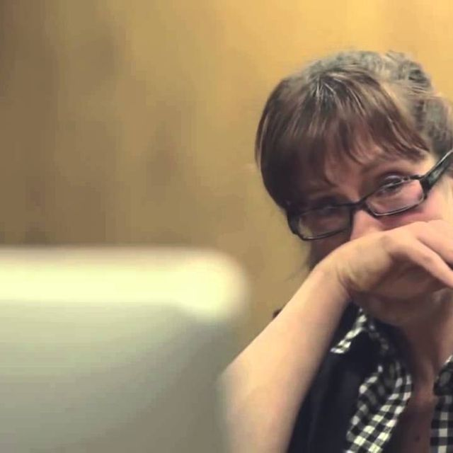 video: What kids think about their moms by helpers