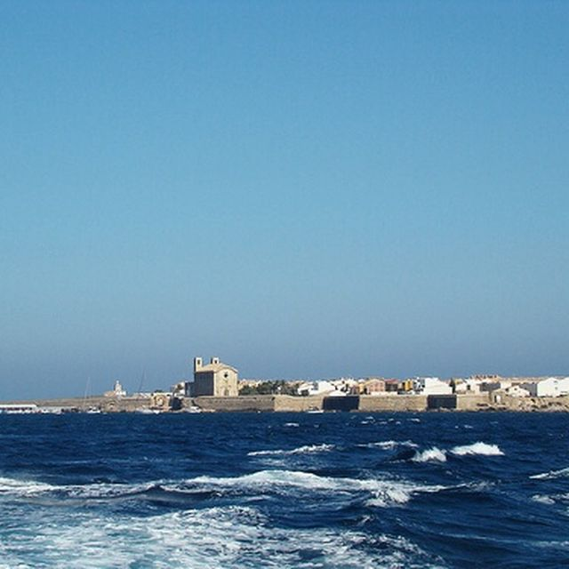 image: Tabarca from the sea, Alicante by ergorgue