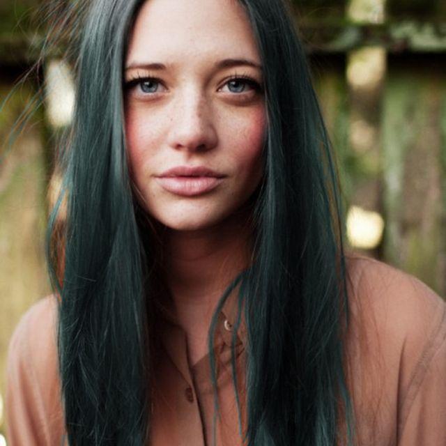 image: dark green hair by heymercedes