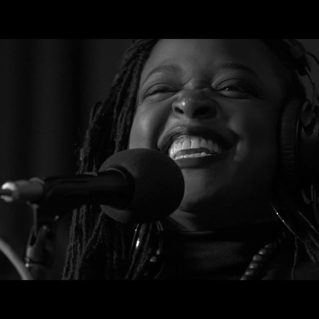 video: Eska – performs (I Can't Get No) Satisfaction by amped