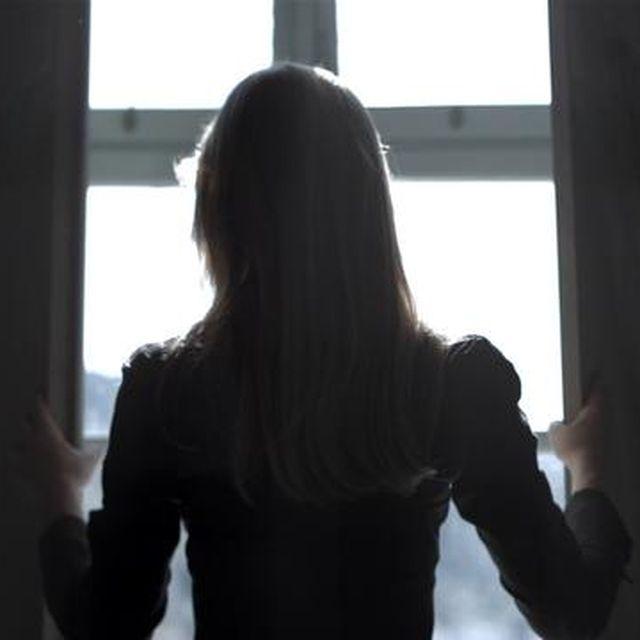 video: THE CAPSULE, 2012 by elenagallen
