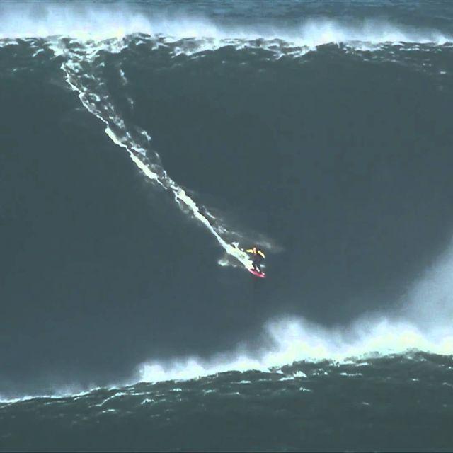 video: Garrett McNamara Breaks Big Wave World Record by bass