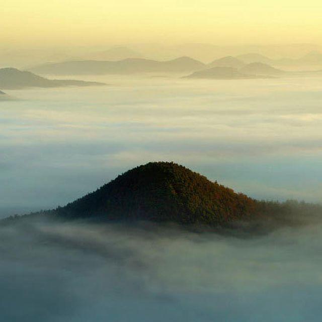 image: The Fog – Landscape Photography by Kilian Schönberger by woodenlime