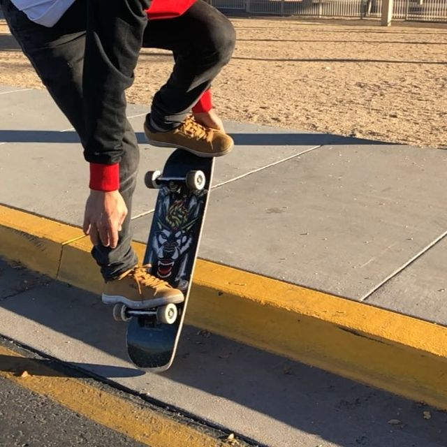 """image: Here I give you today's new tricks!Tag your friends. ?????? """"The message"""".@powellperalta @ellesseheritage by kilianmartinsk81"""