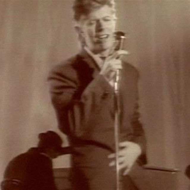 video: David Bowie - Never Let Me Down by trendtwins